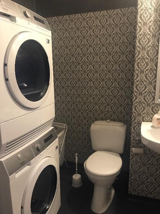 Toalett och Tvättstuga